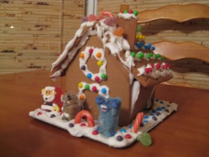 gingerbread-house-2010-1